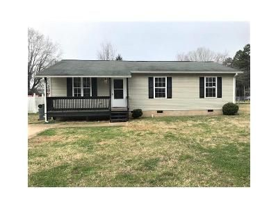 3 Bed 2 Bath Foreclosure Property in Salisbury, NC 28147 - Calvin St