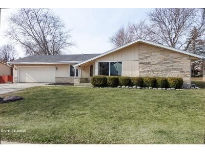 3 Bed 1.5 Bath Foreclosure Property in Waukesha, WI 53188 - Ramshead Ct