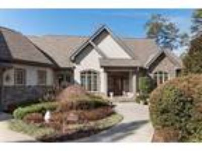 Quality, craftsman waterfront living in one o...