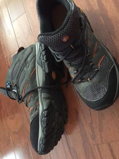Men s Merrell Continuum Hiking Boots Size 12M