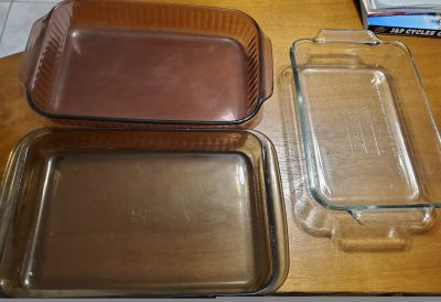Glass Brownie/Cake Dishes