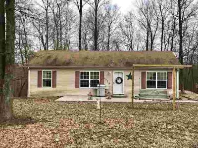 2349 S Walnut Road Bloomfield, Well maintained Three BR 2