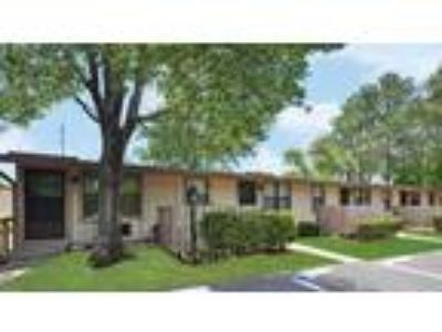 Oak Shade Apartments - Two BR One BA