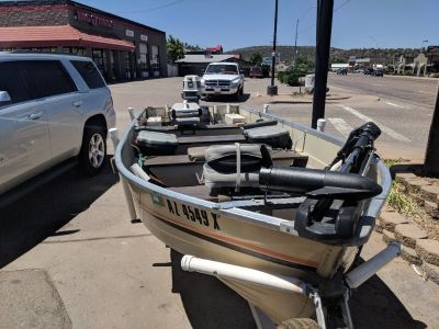 16 foot Mirrorcraft boat 25 evinrude motor