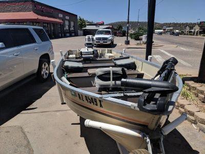 16 foot Mirrorcraft boat 25 evinrude motor