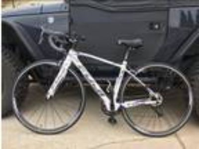 Fuji Supreme 21 Carbon Fiber Rod Bike