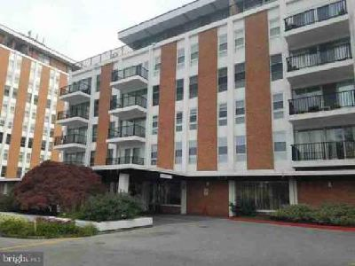 3601 Clarks Ln #318 Baltimore, Beautiful Two BR Two BA condo in