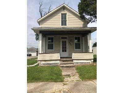 2 Bed 2 Bath Foreclosure Property in Bucyrus, OH 44820 - S Spring St