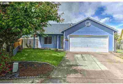8916 NE 134th CT Vancouver Three BR, Lots of potential with this