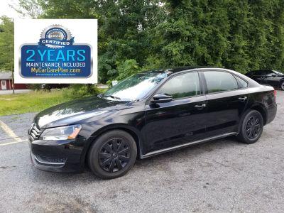 2012 Volkswagen Passat S PZEV (Black)