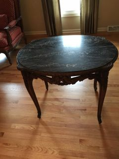 Karpen Guaranteed Furniture Carved Oval Table
