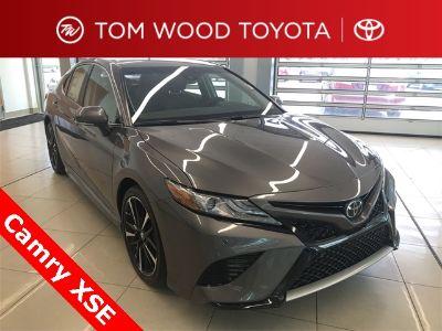 2018 Toyota Camry XSE (Predawn Gray Mica)