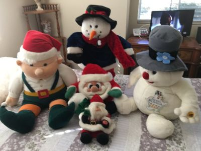 Plush style christmas Dolls