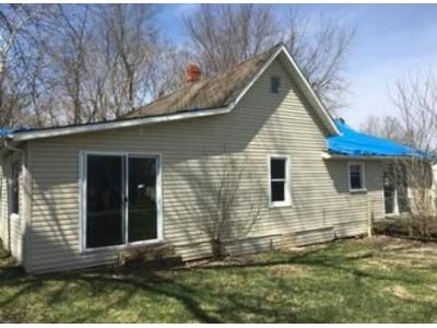 3 Bed 1 Bath Foreclosure Property in Fair Play, MO 65649 - W 1st St