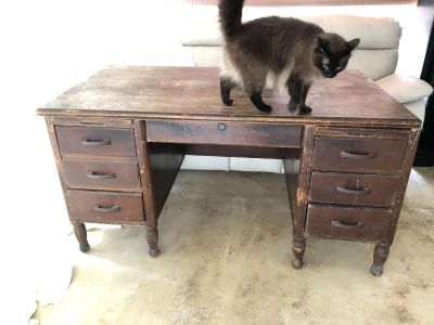 Rush to Sell: Antique Desk