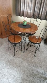 Amish Dinette Oak/Iron Table and Four Chairs
