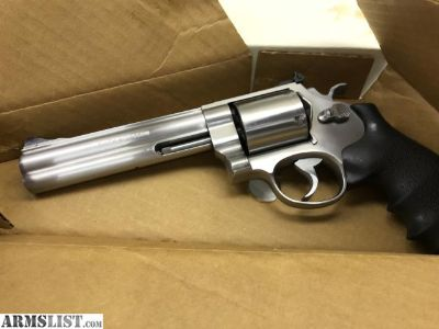 For Sale: Smith & Wesson 44 Mag Classic Hunter