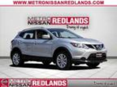 Used 2018 Nissan Rogue Sport Brilliant Silver, 658 miles