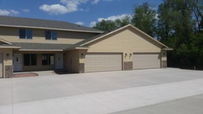 Newer construction town home in Harrisburg!
