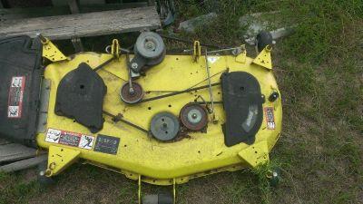 John Deere X320 Mower Deck
