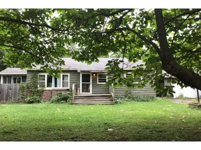3 Bed 1 Bath Foreclosure Property in Shortsville, NY 14548 - Route 96