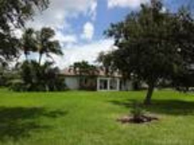 Homes for Sale by owner in Homestead, FL