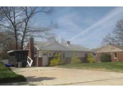 3 Bed 1 Bath Foreclosure Property in Gloucester City, NJ 08030 - Weston Ave