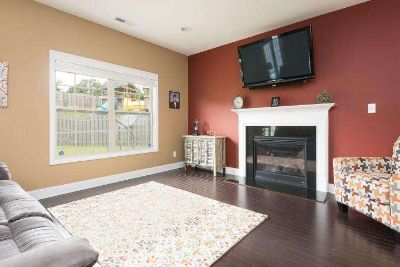 Near New 3 Bed, 2.5 Bath House for Rent