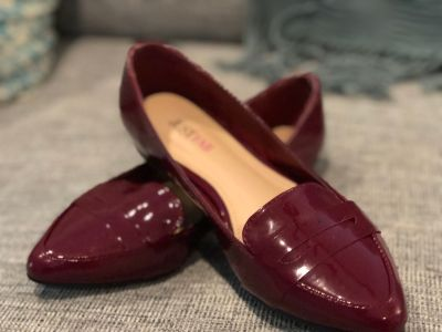 Burgundy Loafers Size 5