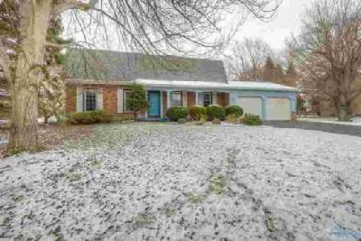 2421 Shellbrooke Lane Toledo Four BR, Terrific home located in