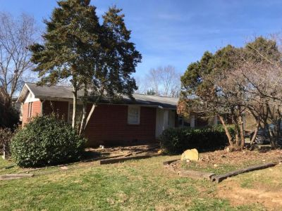 5 bedroom in Knoxville