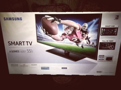 Samsung flat screen smart TV 6 series 6201 55'' with color enhancer Netflix Pandora in it email...
