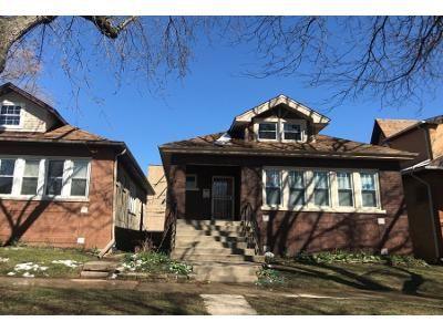 1 Bath Preforeclosure Property in Chicago, IL 60625 - N Bernard St