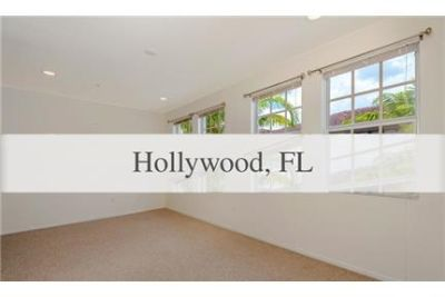 AWESOME 3 LEVEL TOWNHOME/condominium IN IN MIRAMAR.