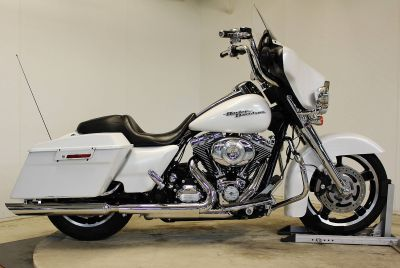 2011 Harley-Davidson Street Glide Touring Motorcycles Pittsfield, MA