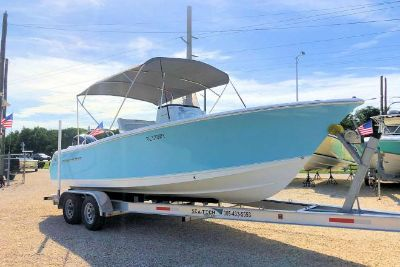 2015 Sea Hunt Ultra 234 Center Console