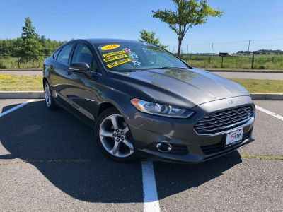 2016 Ford Fusion 4dr Sdn SE FWD (Magnetic)