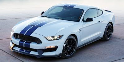 2017 Ford Mustang Shelby GT350 w/ Navigation (White Platinum Metallic Tri-Coat)