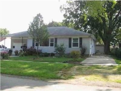 3 Bed 1 Bath Foreclosure Property in Belvidere, IL 61008 - Maple Ave