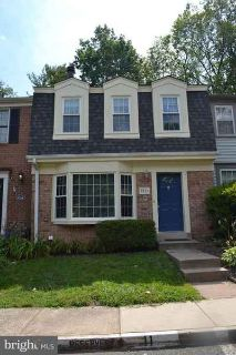 9516 Cherry Oak CT BURKE Three BR, Well maintained townhome with