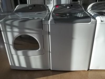 WHIRLPOOL CABRIO WASHER & DRYER