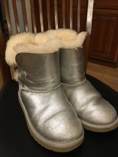 Girl UGG Silver Boots