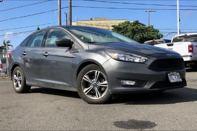 2018 Ford Focus SE (MAGNETIC METALLIC)