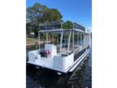 2016 Pontoon A&M Double Decker