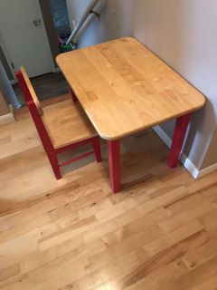 Little kids table and chair