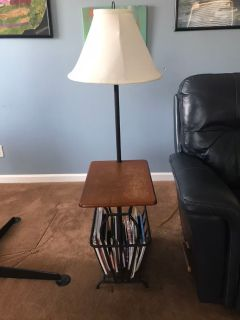 END TABLE WITH BUILT IN LAMP AND MAGAZINE RACK