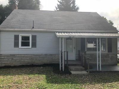 Just Reduced to $27,900 Single Family Home!