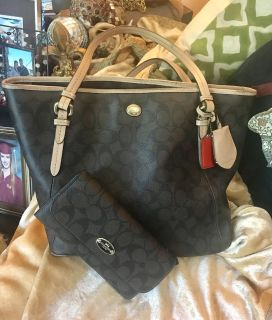 Authentic Coach Purse & Matching Wallet