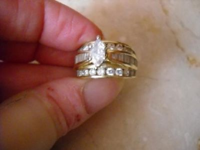 $2,700 3 caret total weight diaomd ring