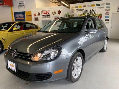 2011 Volkswagen Jetta SportWagen TDI (Platinum Gray Metallic)